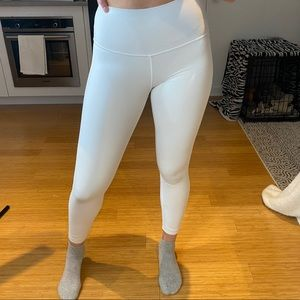 lululemon white wunder under leggings